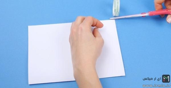 چسب زدن پاکت نامه
