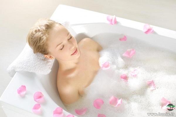 حمام با آرد جو دو سر برای درمان جوش بعد از ژیلت