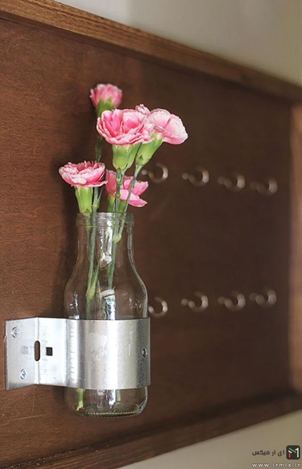 بطری و گل