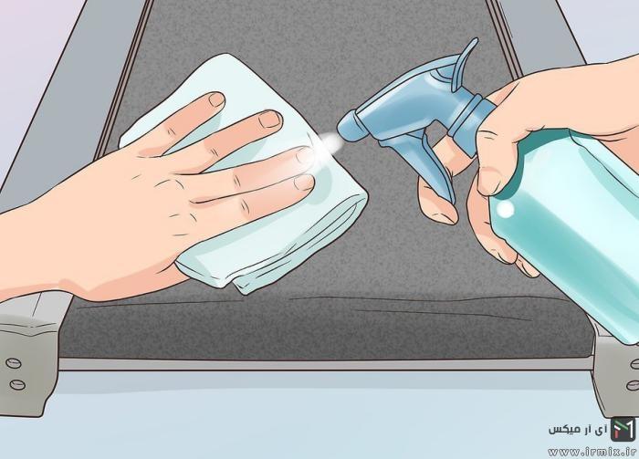 تمیز کردن سطح تردمیل