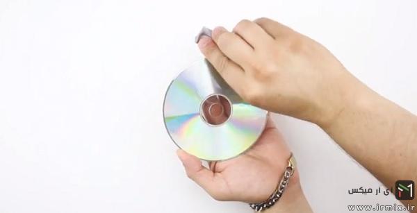 دستمال کشیدن سطح سی دی