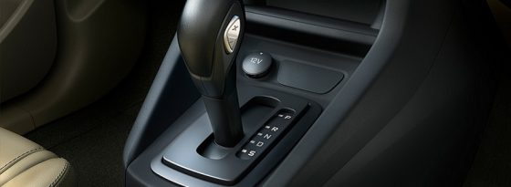 How to Drive a Car With an Automatic Transmission