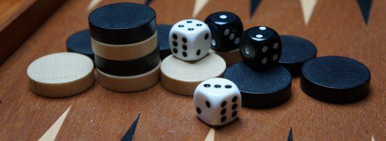 آموزش تصویری و قدم به قدم بازی تخته نرد به زبان ساده