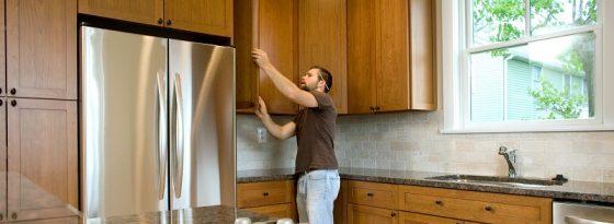 How to Hang Cabinet Doors