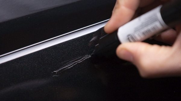 How to Repair a Deep Scratch on Car