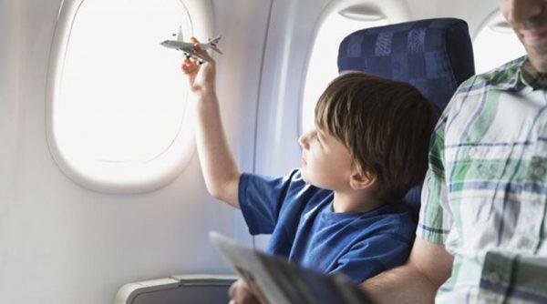 آیا قیمت بلیط هواپیما برای نوزاد و کودک متفاوت است؟