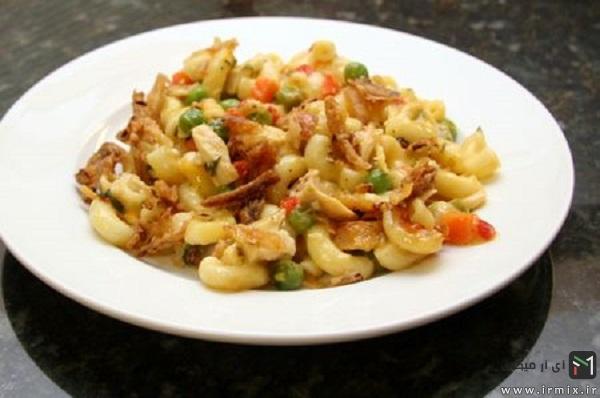 طرز تهیه ماکارونی با مرغ و قارچ