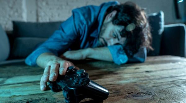 آموزش روش های درمان اعتیاد به بازی های کامپیوتری آنلاین