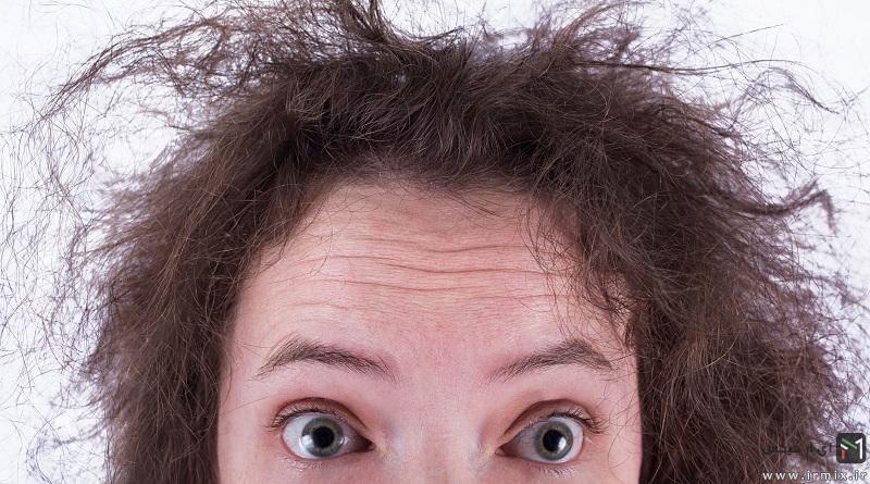 جلوگیری از فر شدن مو در هوای مرطوب با اسپری ضد رطوبت مو نلی و محصولات ضد وز مو