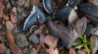 آموزش تصویری واکس زدن کفش چرم و انواع پوتین در خانه