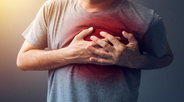 علائم و راه های جلوگیری از سکته قلبی در زنان و جوانان
