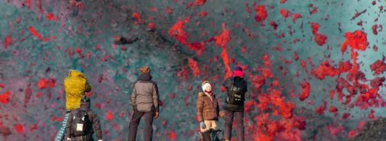 ویدیو جالب و دیدنی از اسکی کردن روی گدازه آتش