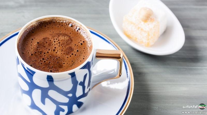 آموزش تصویری طرز تهیه قهوه ترک روی گاز با قهوه جوش در خانه
